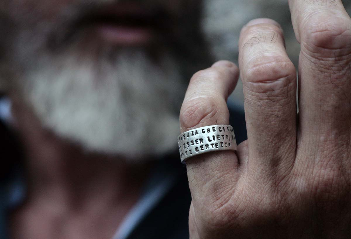 anello_uomo_argento con la stampa