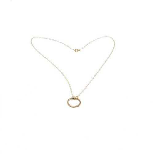 collana con cerchio in oro