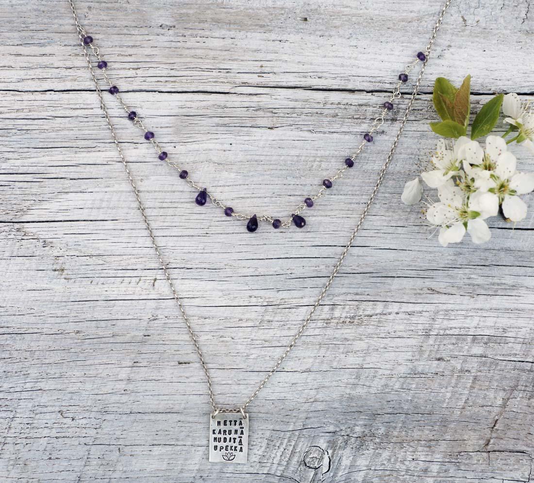 collana rettangolare fiore di loto argento