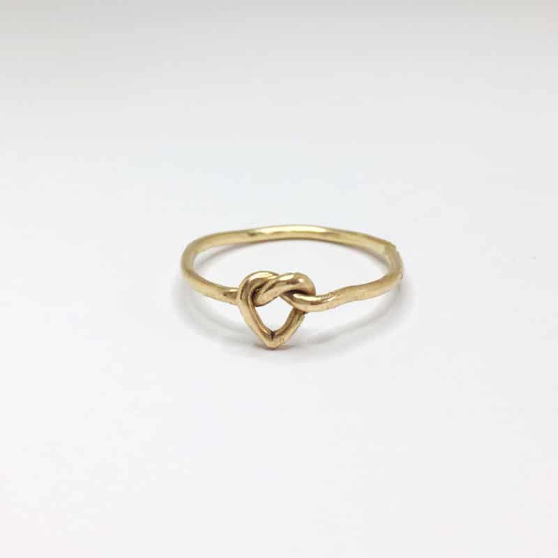 anelo-nodo-a-cuore-in-oro